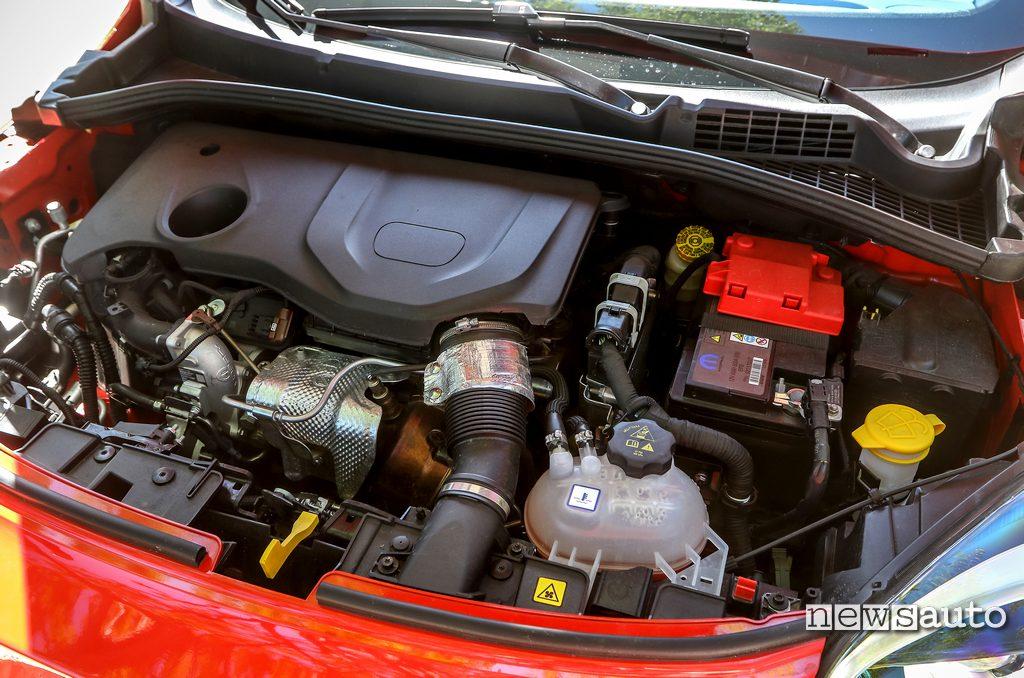 Nuovo motore a benzina 1.300 cc turbo Firefly da 150cv montato sotto la Fiat 500x Sport 2020