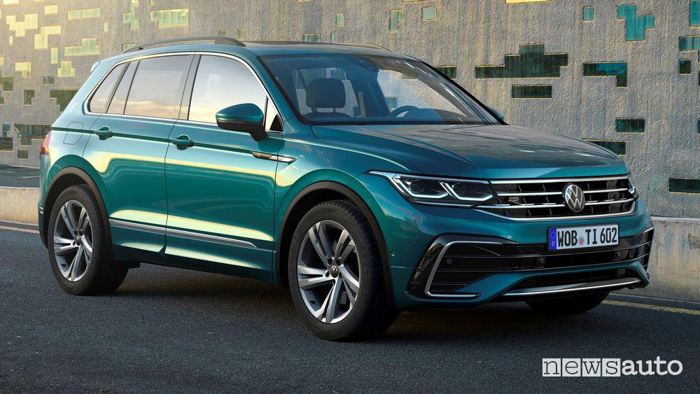 Vista di profilo Volkswagen Tiguan 2021 R Line