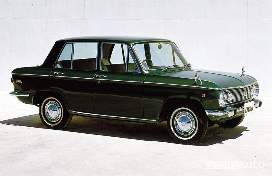 Mazda Familia Sedan del 1964