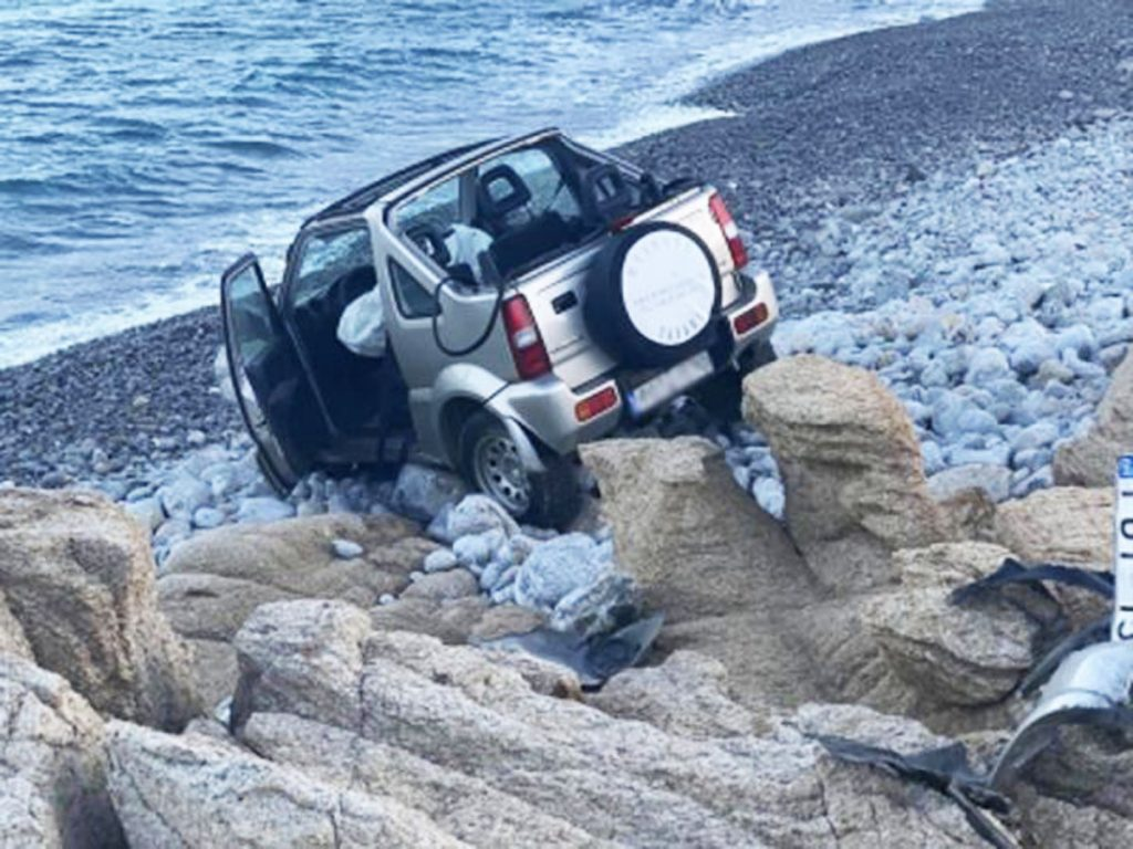 Il Suzuki Jimny incidente mykonos grecia dove ha perso la vita la ragazza italiana