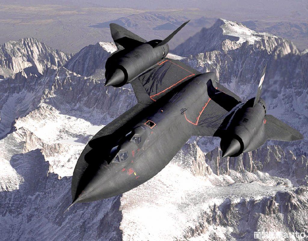 """Aereo militare più veloce al mondo è il Lockheed SR-71 """"Blackbird"""""""