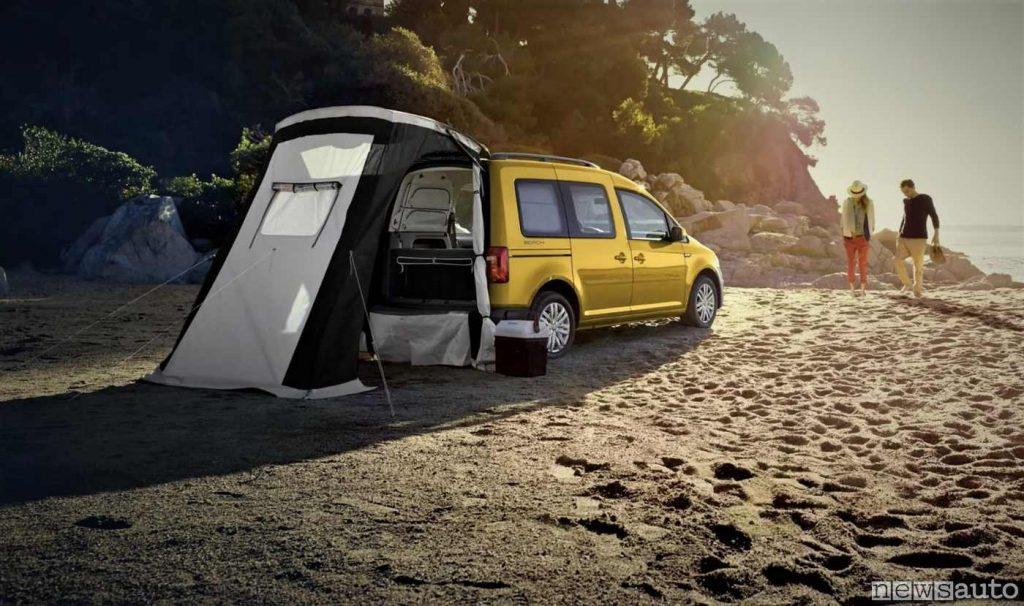 Mini camper Caddy con tenda nella versione 4x4