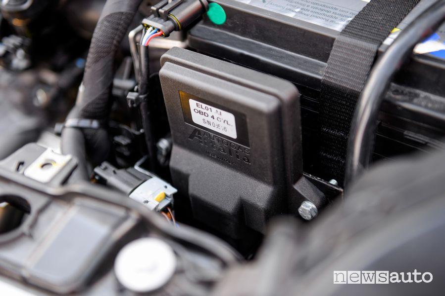 Centralina impianto a metano sulla Fiat Panda Hybrid