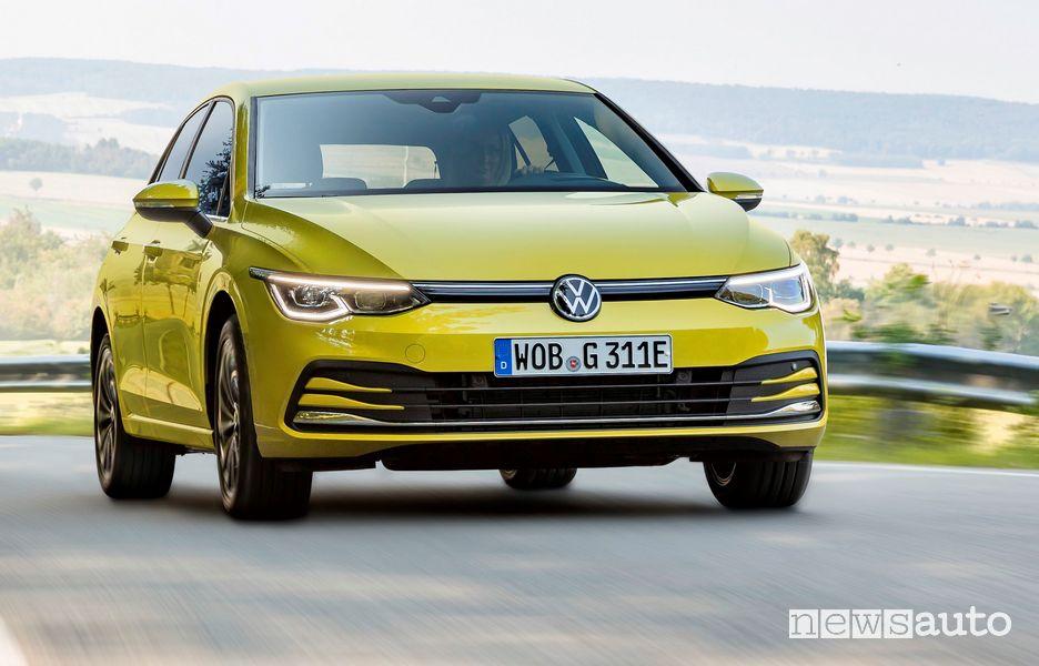Vista anteriore Volkswagen Golf eHybrid