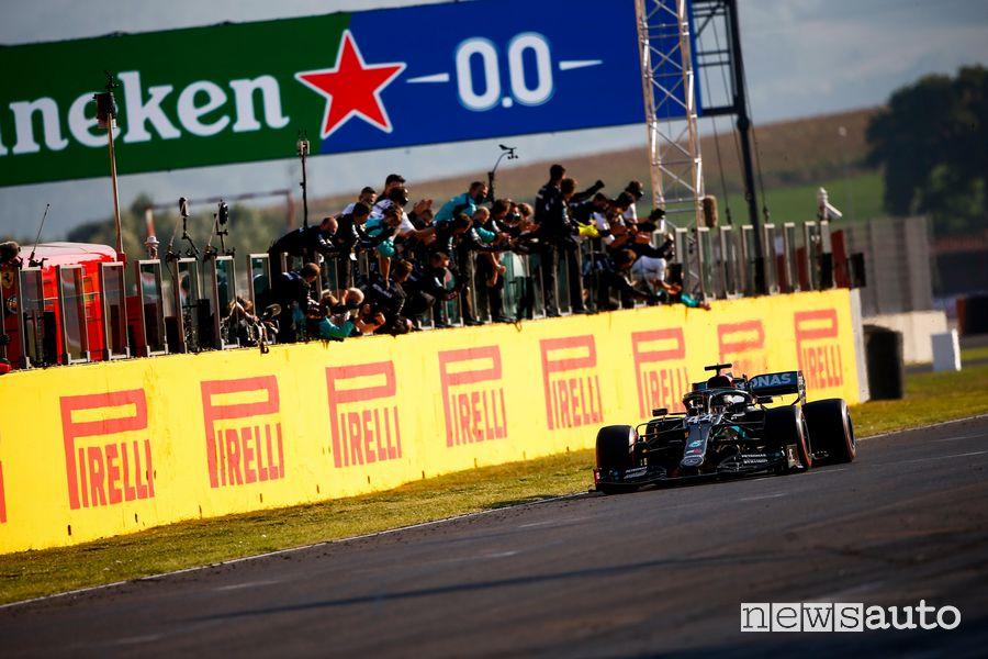 Lewis Hamilton al Mugello ha conquistato la sua 90^ vittoria in F1