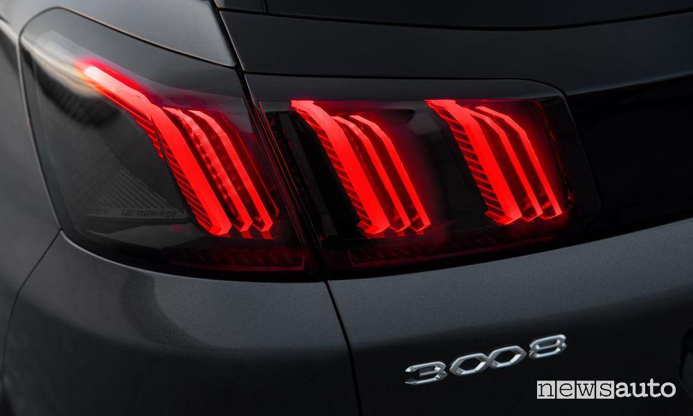 Peugeot 3008 Active faro posteriore