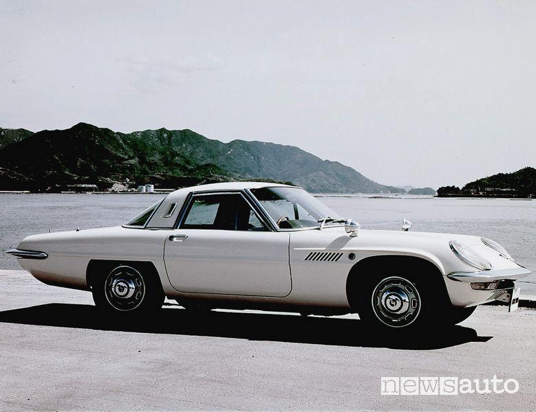 Mazda Cosmo Sport (110S) del 1967
