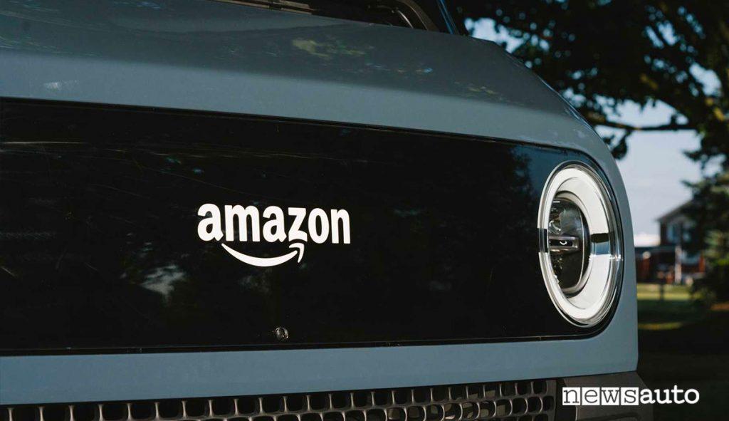 Calandra Amazon Delivery Van by Rivian furgone elettrico per consegne ultimo miglio