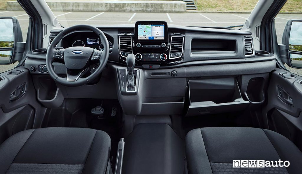 Abitacolo Ford Transit con confort a livello di un'auto