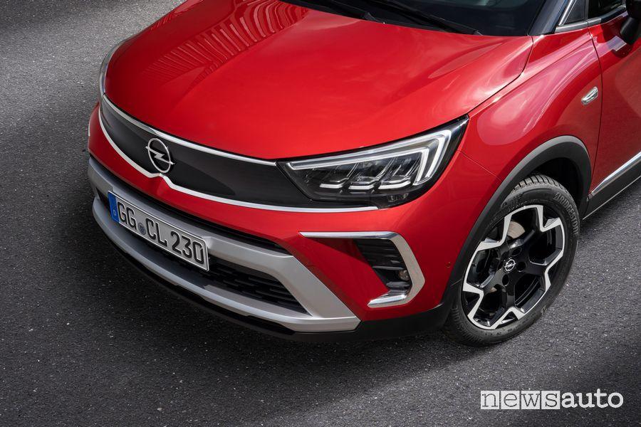 Frontale nuovo Opel Crossland GS Line