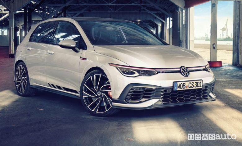 Vista di profilo Volkswagen Golf GTI Clubsport