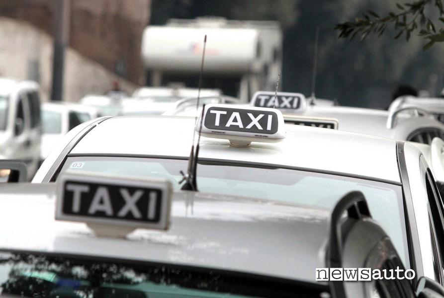 napoli taxi