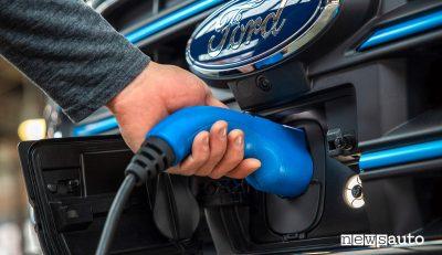 Auto elettriche Ford, dal 2030 solo veicoli EV