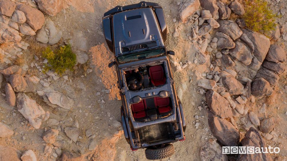 Vista dall'alto Jeep Wrangler Rubicon 392 con Jeep Performance Parts
