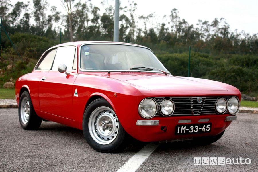 Alfa Romeo GT Junior auto storica sportiva del 1966
