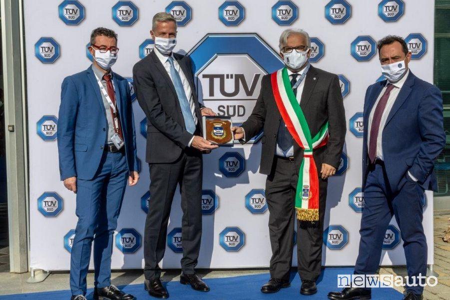 TÜV Italia inaugurazione nuovo laboratorio a Volpiano