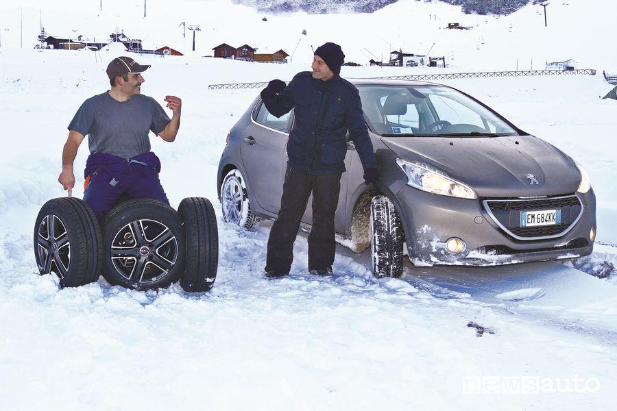 Test sui pneumatici invernali ed estivi GT Radial con una Peugeot 208
