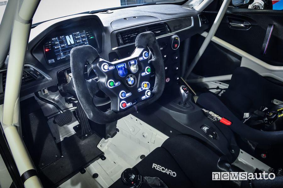 Abitacolo BMW M2 CS Racing