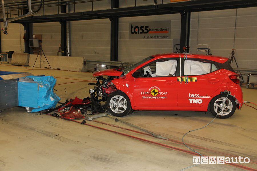 3 stelle per l'Hyundai i10 e nei crash test Euro NCAP