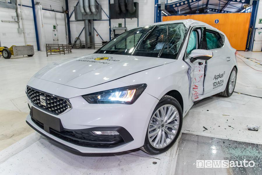 5 stelle per la Seat Leon nei crash test Euro NCAP