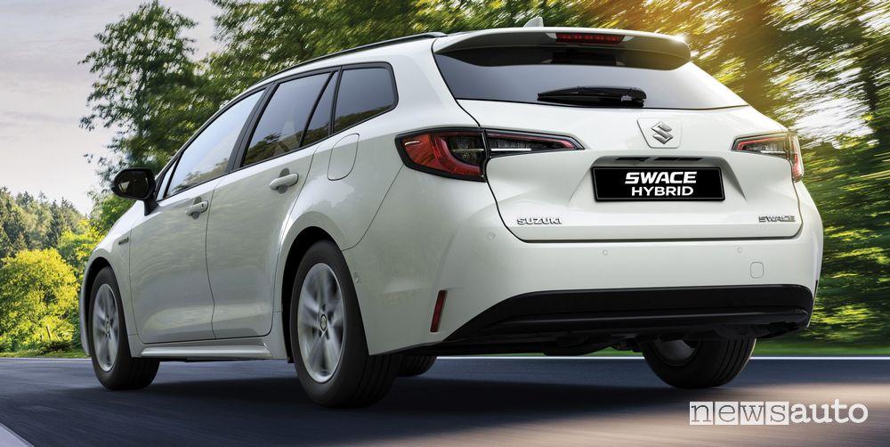 Vista posteriore Suzuki Swace Hybrid Web Edition