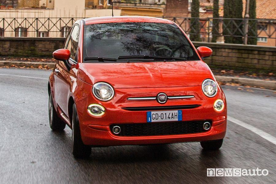 Vista anteriore Fiat 500 Cult