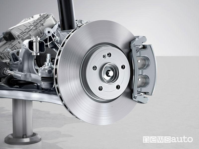 Sistema frenante con frenata rigenerativa Mercedes-Benz EQA