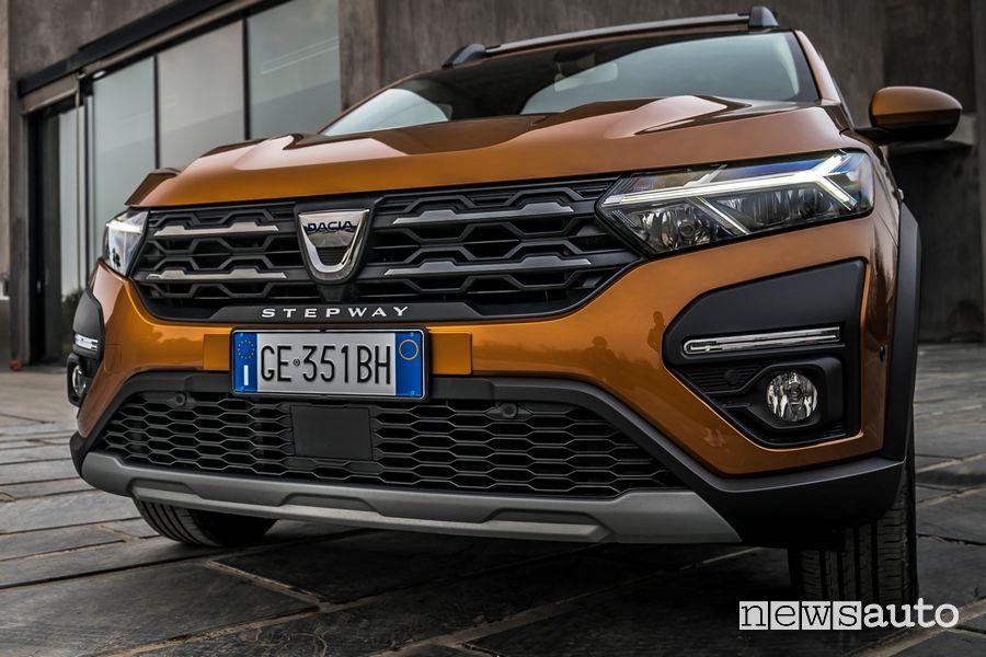 Paraurti anteriore nuova Dacia Sandero Stepway