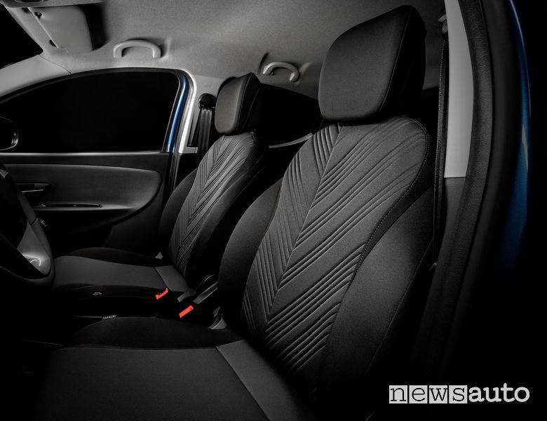 Sedili anteriori abitacolo nuova Lancia Ypsilon EcoChic