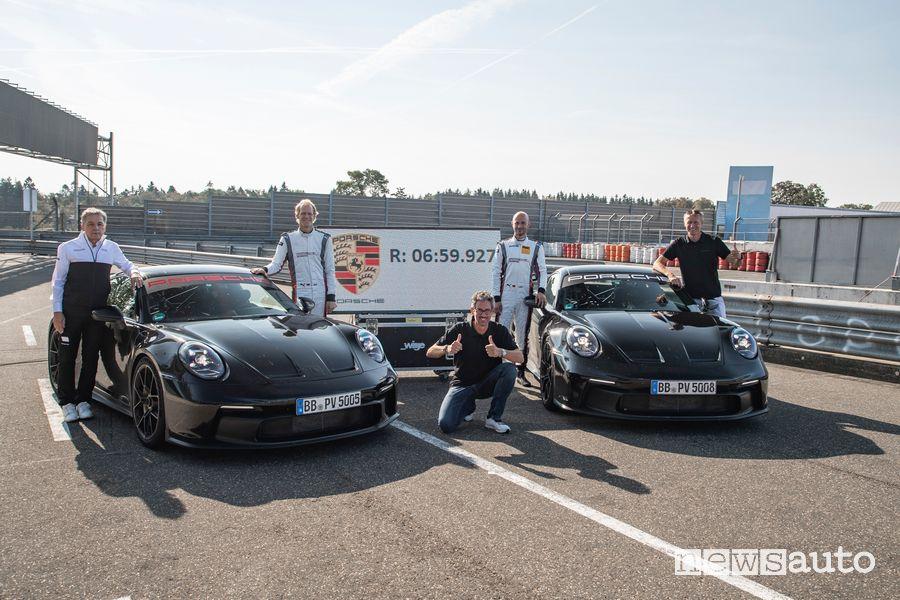 Nuova Porsche 911 GT3 record al Nürburgring