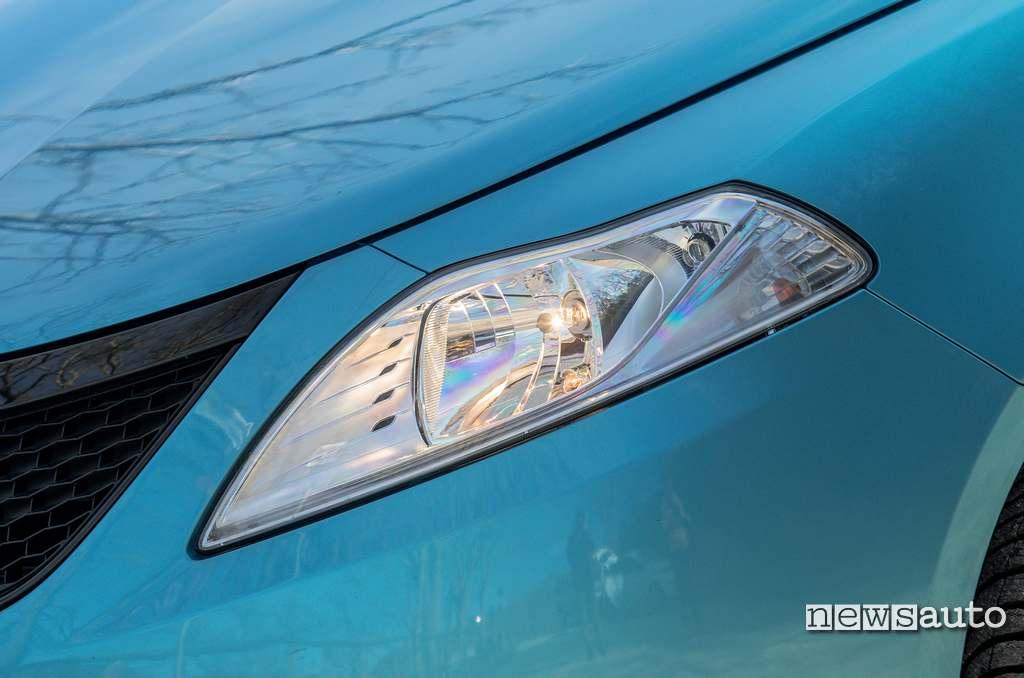 Luci alogene per i fari anteriori Lancia Ypsilon Hybrid