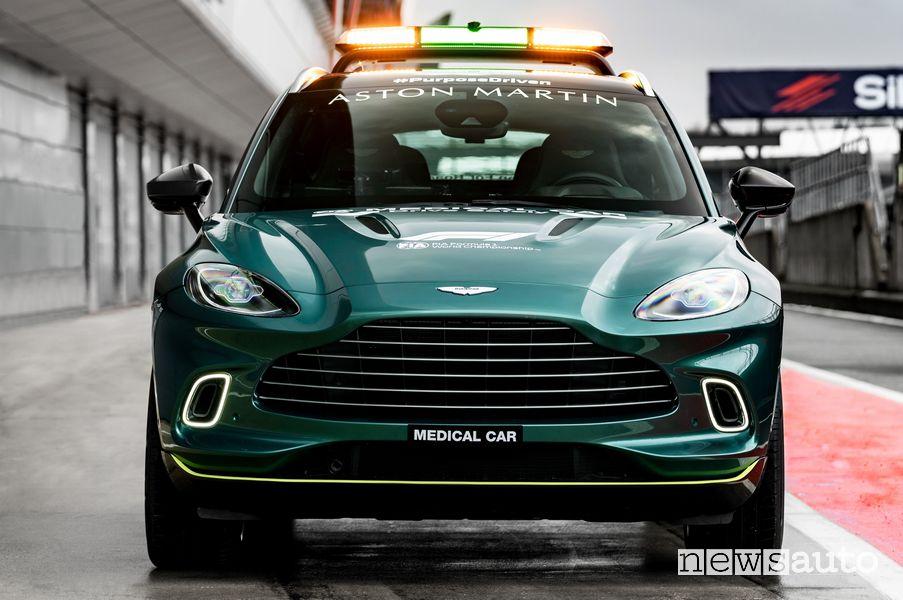 Frontale Aston Martin DBX medical car F1