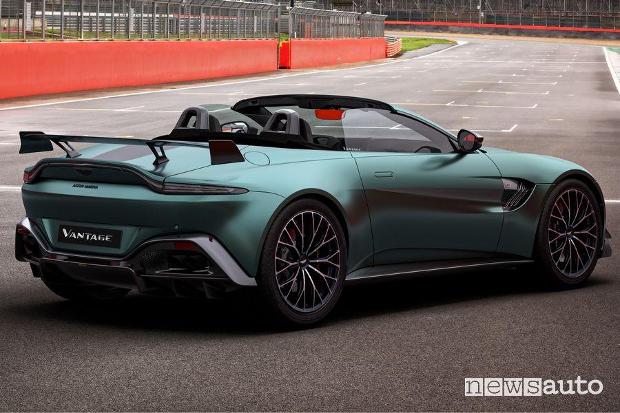 Vista posteriore Aston Martin Vantage F1 Edition roadster