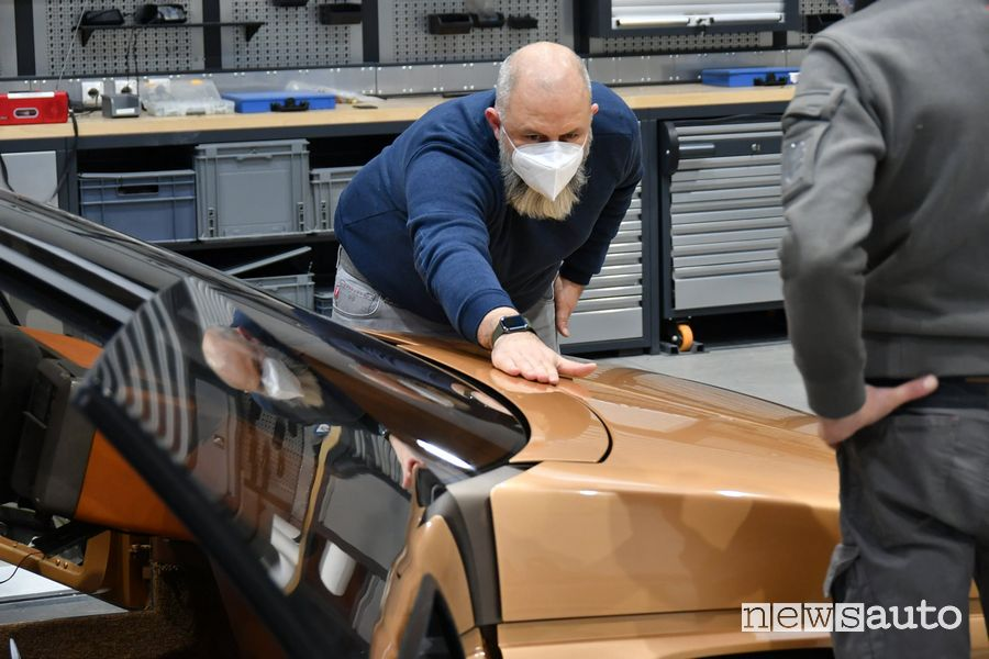 Restauro carrozzeria Mazda MX-81 concept