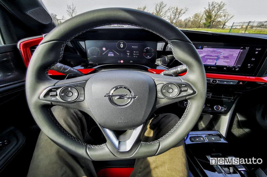 """Volante Opel Mokka GS Line e strumentazione digitale da 12"""""""