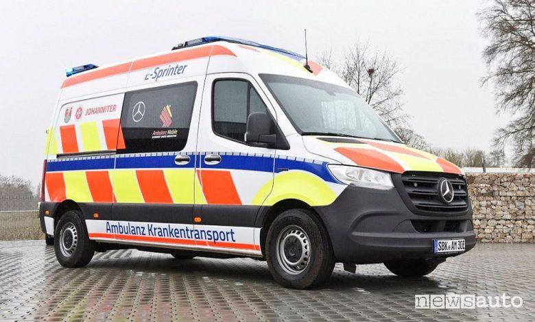 Nuova ambulanza elettrica Mercedes eSprinter