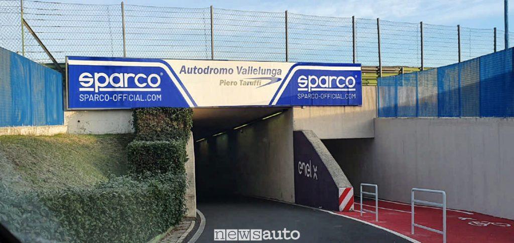 Livrea Sparco all'interno dell'Autodromo di Vallelunga