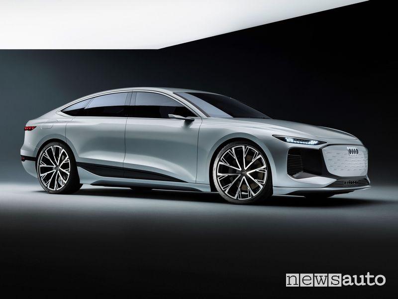Vista di profilo Audi A6 e-tron concept