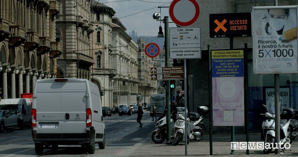 Fiat e-Ducato elettrico entra indisturbato nelle ZTL