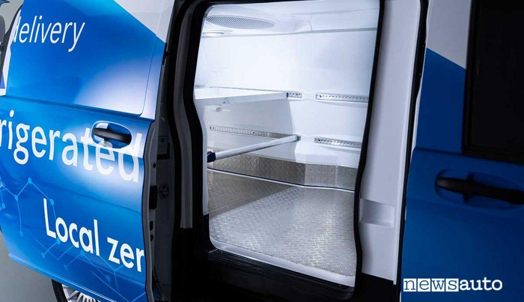 MB eVito furgone elettrico coibentato per il trasporto di merci refrigerate