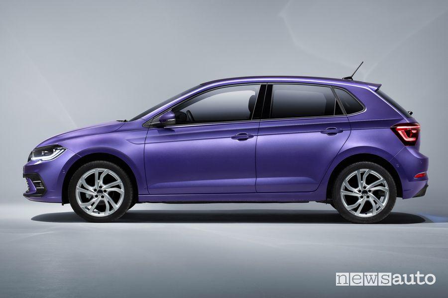 Vista laterale nuova Volkswagen Polo Style