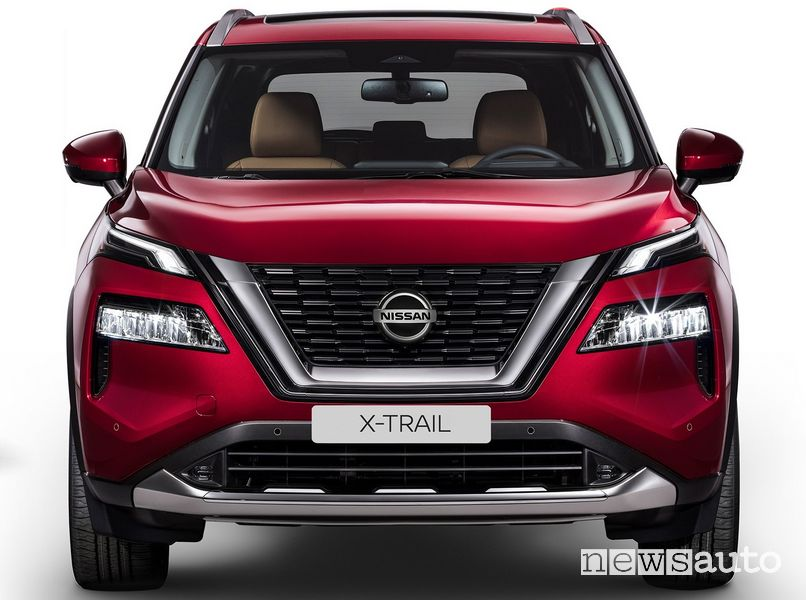 Frontale nuovo Nissan X-Trail