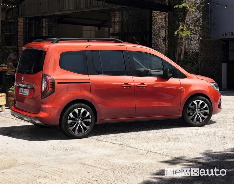 Vista laterale nuovo Renault Kangoo