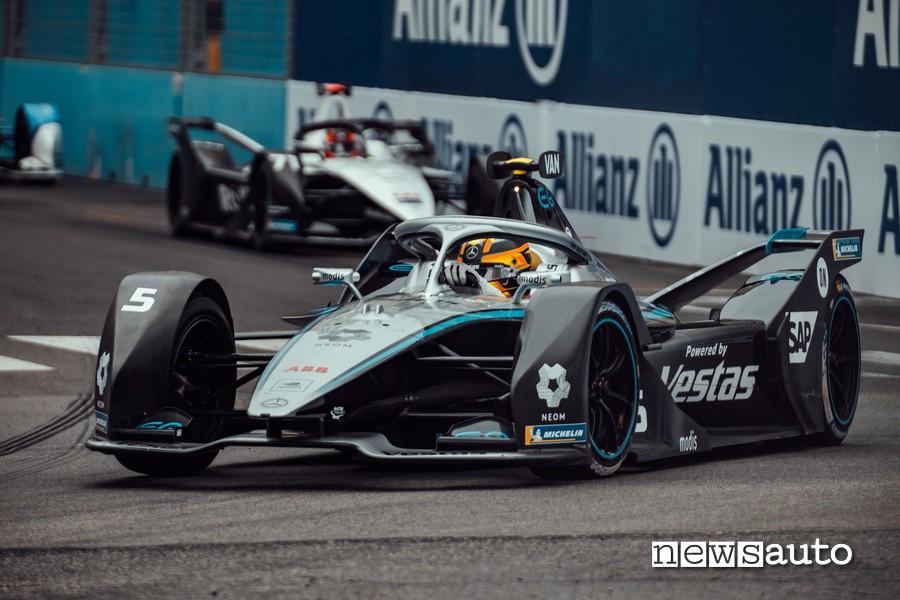 Stoffel Vandoorne vincitore della quarta gara del Campionato di Formula E sul Circuito Cittadino dell'EUR