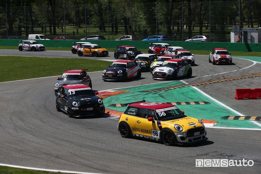Partenza Mini Challenge, prima variante a Monza