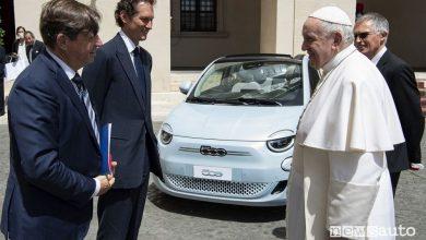 Stellantis, Elkann e Tavares da Papa Francesco