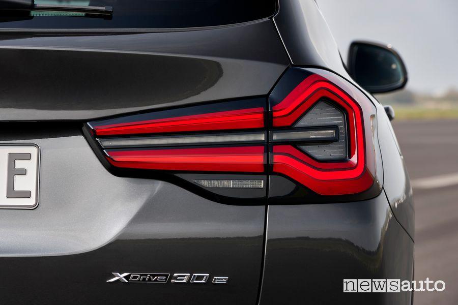 Faro posteriore BMW X3 xDrive30e