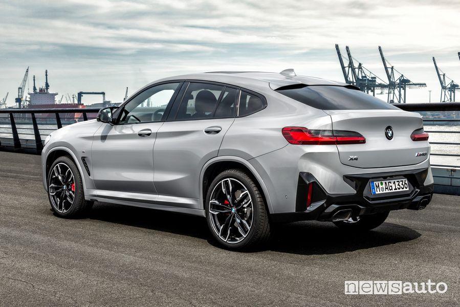 Vista posteriore nuova BMW X4