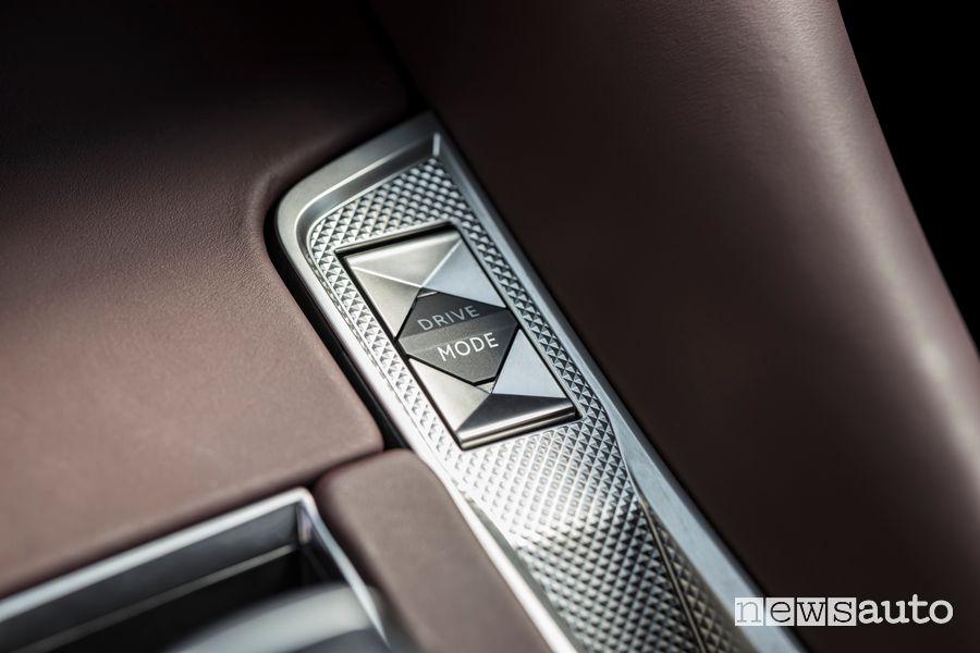 Tasto Drive Mode abitacolo nuova DS9 E-Tense