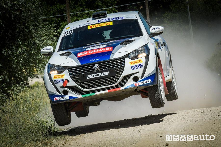 Peugeot 208 Rally4 in azione con Andre e Giuseppe Nucita